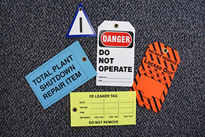 safety-signs-safety-and-danger-tags.jpg