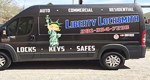 vinyl-lettering-liberty-locksmith-seabrook-tx.jpg